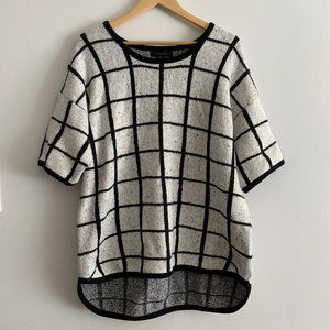 Womens Black & White Checkered Sweater Top